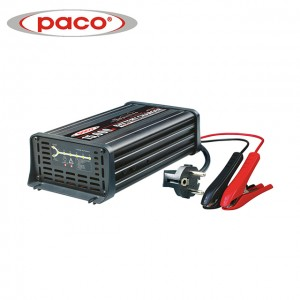 OEM Manufacturer China 2.8A New Portable Car Battery Charger with European Design